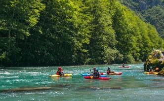 kajak-reka-tara-kayak-escort-river-tara-montenegro